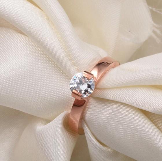 韓版單鑽超閃食指戒指結婚鑽戒 玫瑰金戒指_0