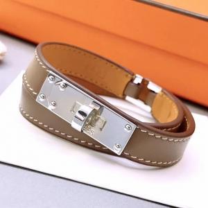 愛瑪仕 平紋經典扣雙圈皮手環 銀色32066 gs