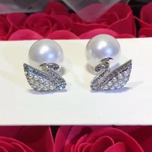 施華洛世奇 專櫃同款天鵝鑲鑽珍珠后托耳環afe