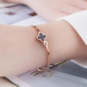 日韓版彩金18K玫瑰金四葉草女黑色鈦鋼開口手環