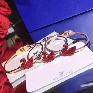 天鵝 鈦鋼手環 紅色鑽