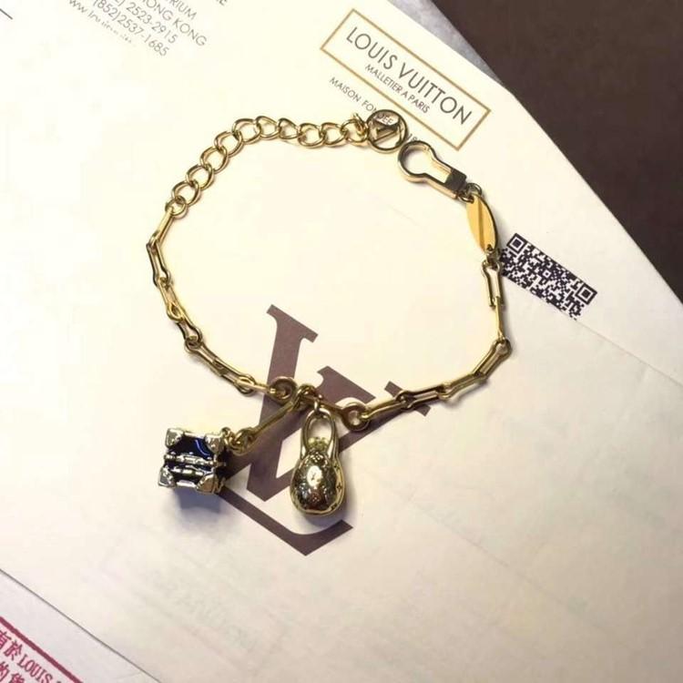 LV 新款鍊條 包包吊飾手鍊yy_2