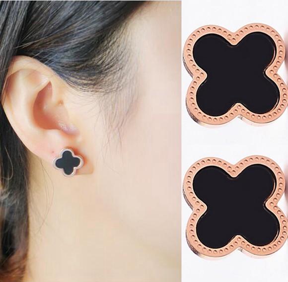 日韓版鍍18K玫瑰金鈦鋼四葉草耳釘日韓國簡約黑色耳環_0